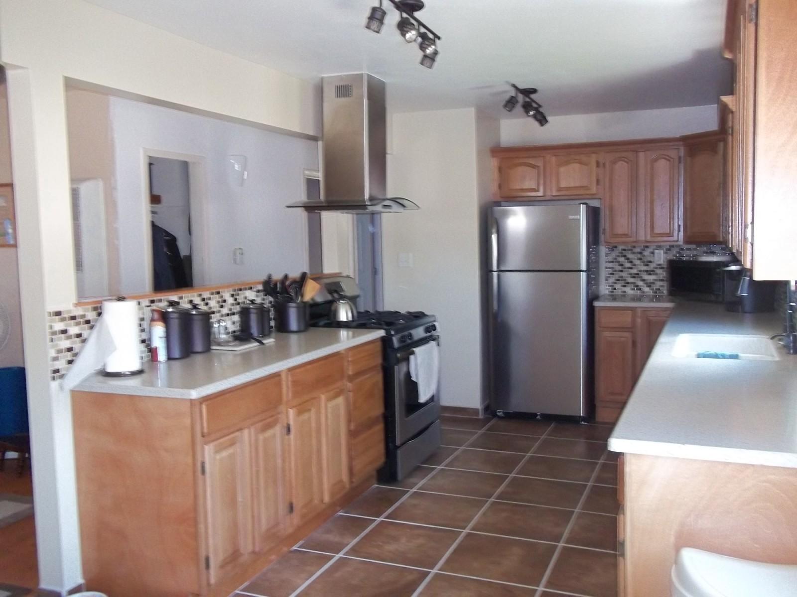 Customer oak kitchen with open floor plan rta kitchen cabinets