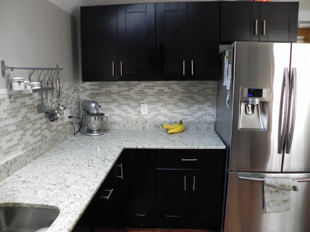 Tile backsplash with mocha shaker cabinets rta kitchen cabinets
